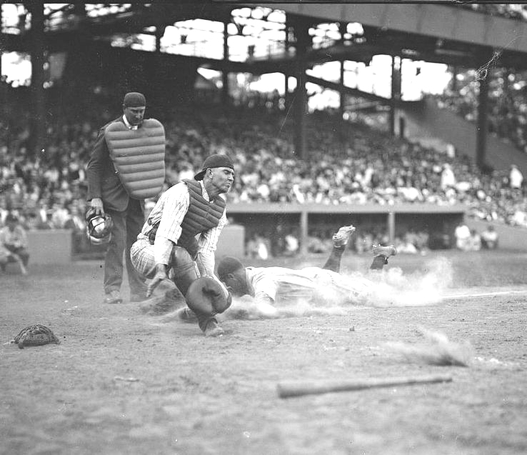 Lou Gehrig slides home